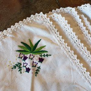 Hand embroidered linen placemat & napkin set
